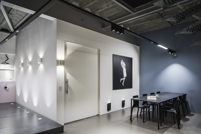 Modular Lighting Nederland BV (architects showroom, by appointment only) 2